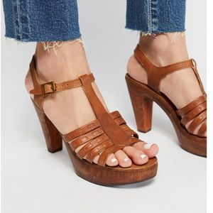 Free People Jeffrey Campbell Haven clog size 8
